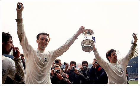 Jeff Astle and Bobby Hope hold the FA Cup aloft
