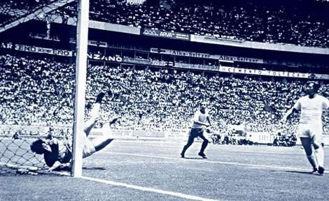 Gordon Banks save