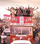 The victorious Sunderland team - click to view larger
